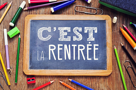 https://lycee-albert1er.gouv.mc/var/monaco/storage/images/media/lycee-albert-1er/illustrations/rentree-scolaire/5147121-1-fre-FR/Rentree-scolaire_900x900.png